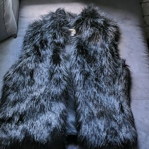 Michael kors xl faux fur vest like new